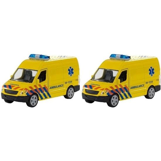 2x Speelgoedauto ambulance met sirene 10157830